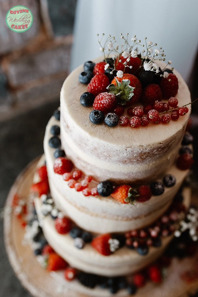 Semi-naked cake with summer berries
